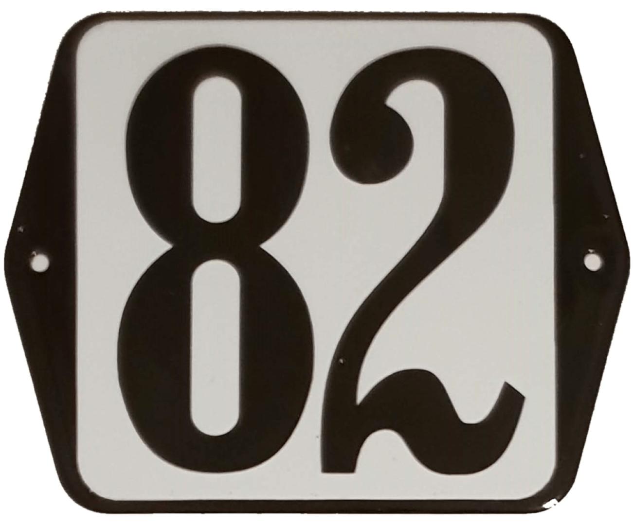 Huisnummer standaard nummer 82