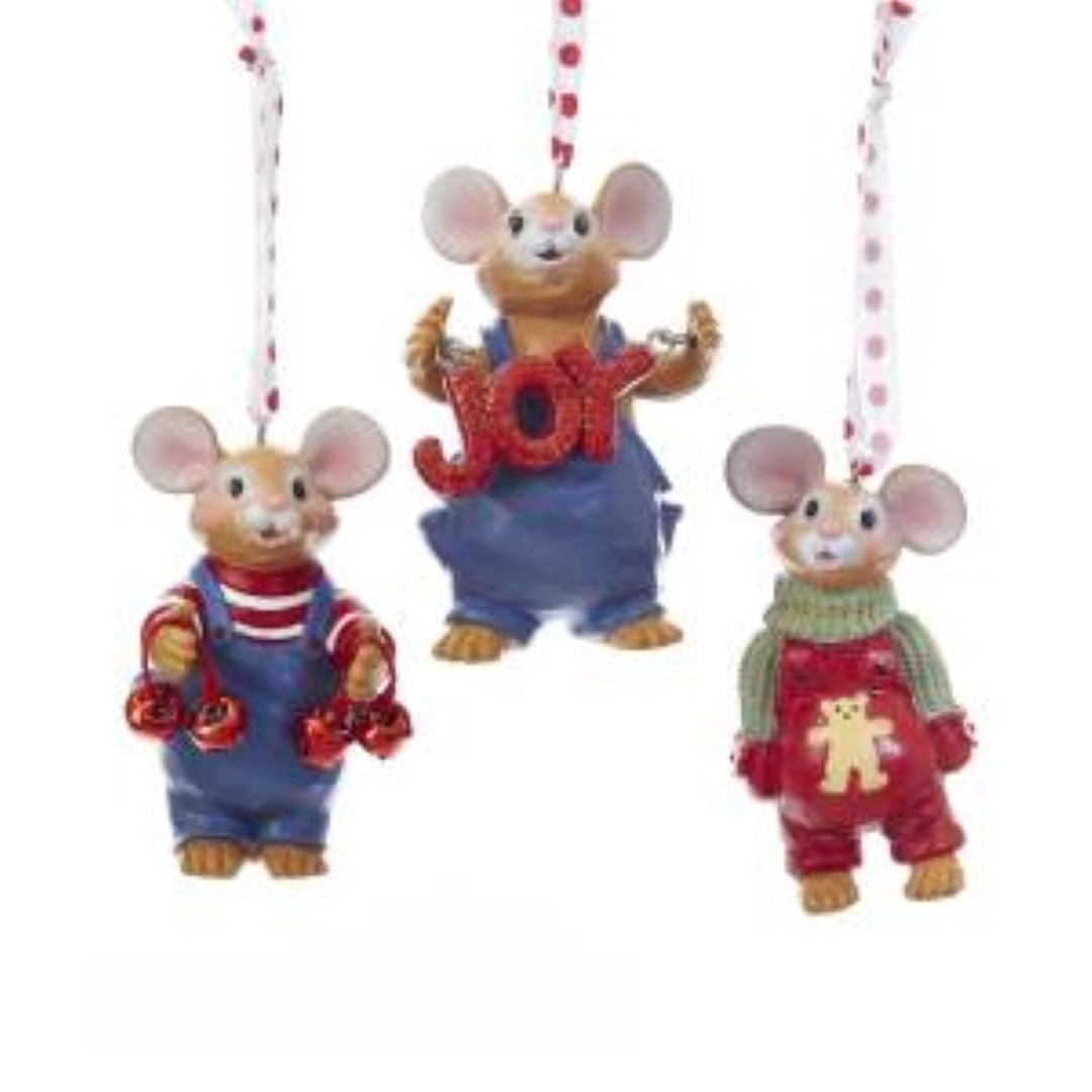 Mouse with Sweater Resin 3.25 Inch